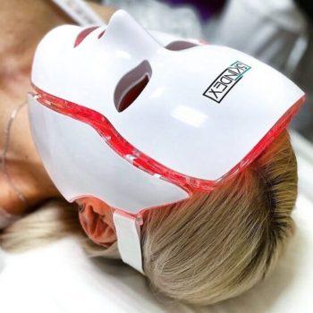 LED-маска после газожидкостного пилинга в Краснодаре