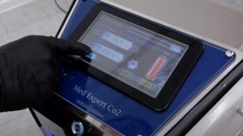 Аппарат для газовых уколов при болях в спине